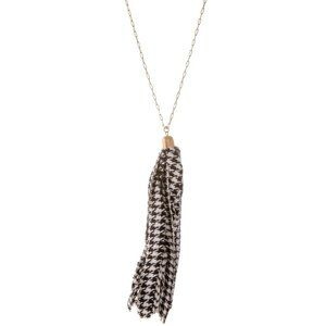 NWT *BOUTIQUE* LONG HOUNDSTOOTH TASSEL NECKLACE